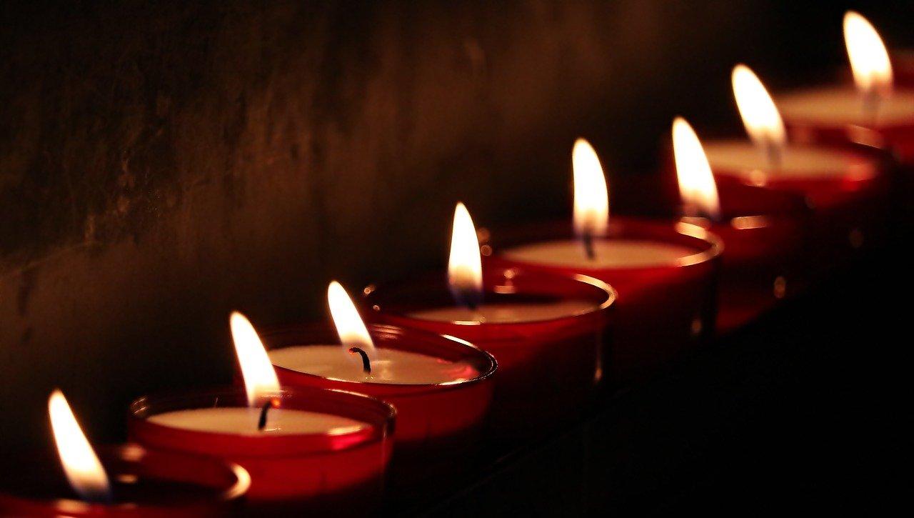 tea lights, candles, light-2223898.jpg